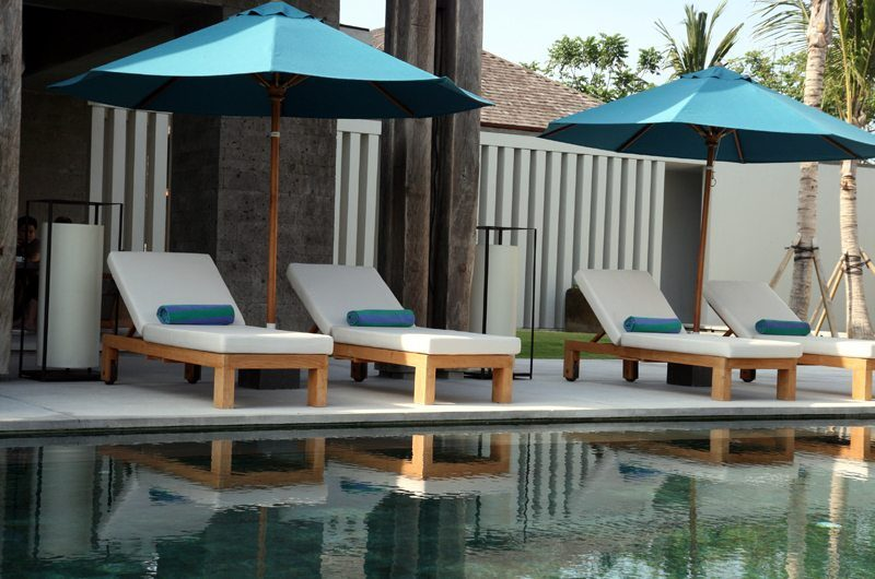 Ambalama Villa Sun Loungers, Seseh | 7 Bedroom Villas Bali