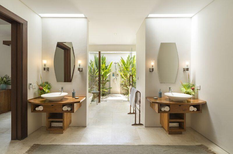 Lataliana Villas His and Hers Bathroom with Outdoor Shower, Seminyak | 7 Bedroom Villas Bali