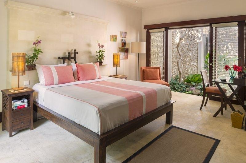 Uma Wana Prasta Bedroom with Study Table, Canggu | 7 Bedroom Villas Bali