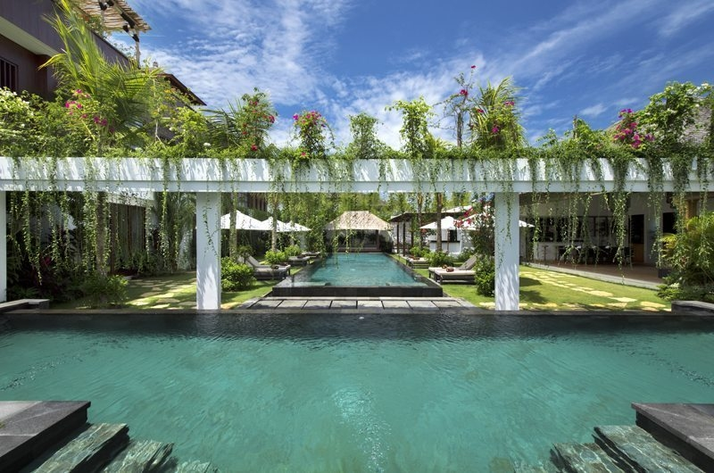 Villa Anam Gardens and Pool, Seminyak | 7 Bedroom Villas Bali