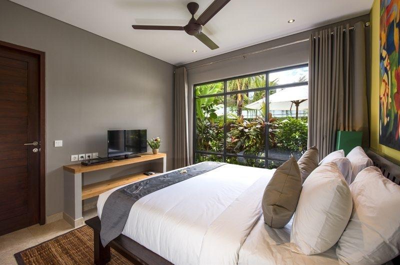 Villa Anam Bedroom with TV, Seminyak | 7 Bedroom Villas Bali