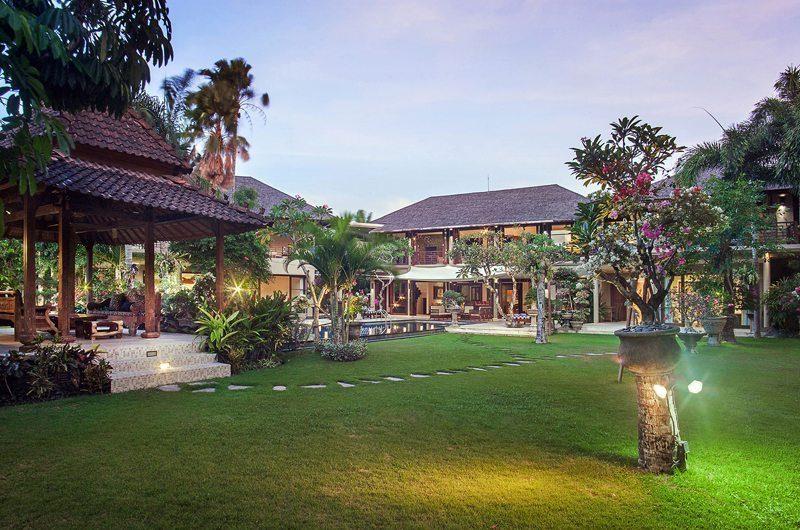 Villa Avalon Bali Tropical Garden, Canggu | 7 Bedroom Villas Bali