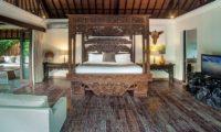 Villa Avalon Bali Four Poster Bed with Wooden Floor, Canggu | 7 Bedroom Villas Bali