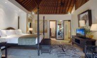 Villa Avalon Bali Bedroom and Bathroom, Canggu | 7 Bedroom Villas Bali