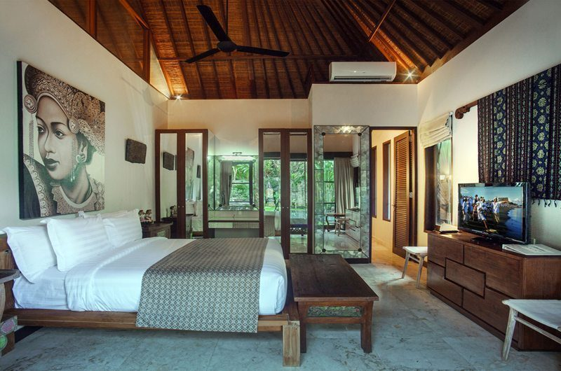 Villa Avalon Bali Bedroom with TV, Canggu | 7 Bedroom Villas Bali