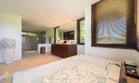 Bendega Villas Romantic Bathtub Set Up, Canggu | 7 Bedroom Villas Bali