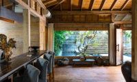 Villa Hansa Breakfast Bar, Canggu | 7 Bedroom Villas Bali