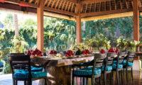 Villa Hansa Dining Area with Garden View, Canggu | 7 Bedroom Villas Bali