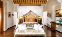 Villa Hansa Bedroom with Sofa, Canggu | 7 Bedroom Villas Bali