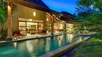 Villa Kinaree Estate Pool at Night, Seminyak | 7 Bedroom Villas Bali