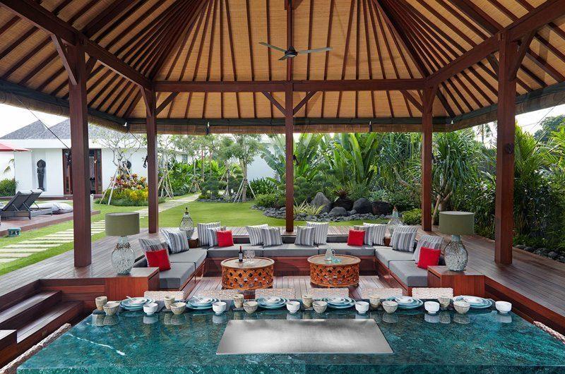 Villa Malaathina Outdoor Lounge Area, Umalas | 7 Bedroom Villas Bali