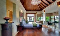 Villa Mandalay Bedroom with Study Table, Seseh | 7 Bedroom Villas Bali