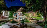Villa Massilia Night View, Seminyak | 7 Bedroom Villas Bali