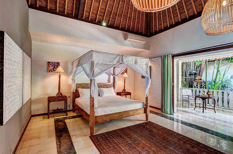 Villa Massilia Bedroom and Balcony, Seminyak | 7 Bedroom Villas Bali