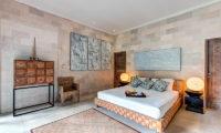Villa Massilia Bedroom with Table Lamps, Seminyak | 7 Bedroom Villas Bali