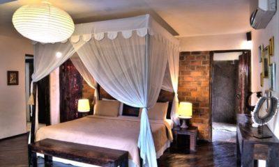 Villa Phinisi Four Poster Bed, Seminyak | 7 Bedroom Villas Bali