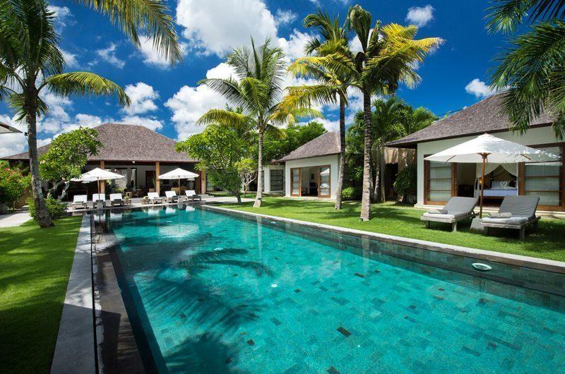 Villa Tiga Puluh Gardens and Pool, Seminyak | 7 Bedroom Villas Bali