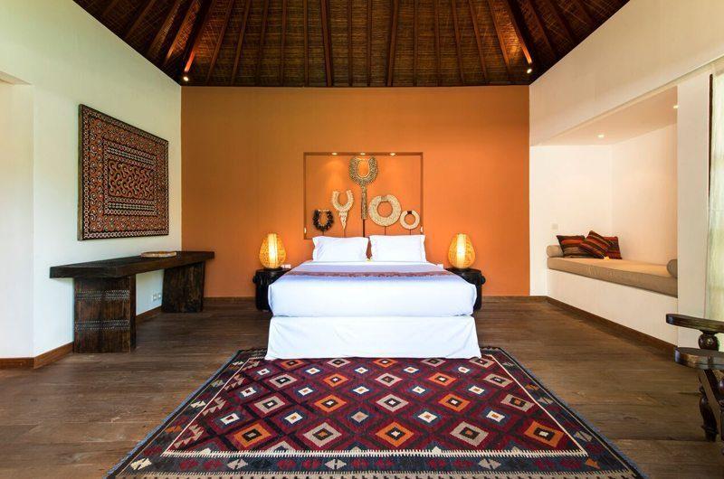 Villa Tiga Puluh Bedroom with Sofa, Seminyak | 7 Bedroom Villas Bali