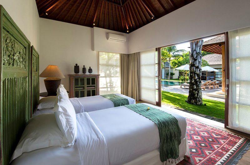 Villa Tiga Puluh Twin Bedroom with Garden View, Seminyak | 7 Bedroom Villas Bali