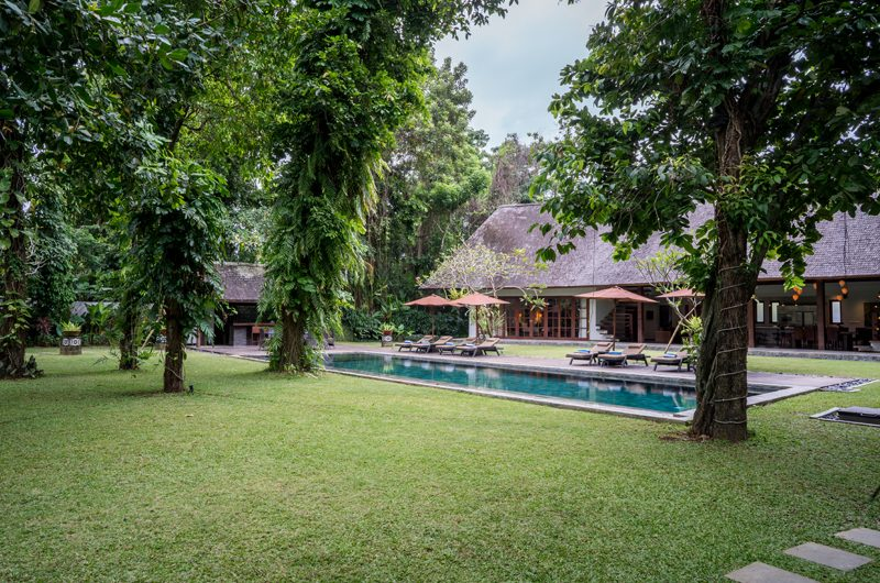 Villa Tirtadari Gardens and Pool, Umalas | 7 Bedroom Villas Bali