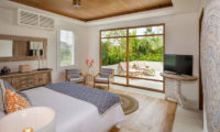 Villa Zambala Bedroom and Balcony, Canggu | 7 Bedroom Villas Bali