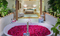 Villa Zambala Bedroom and Romantic Bathtub Set Up, Canggu | 7 Bedroom Villas Bali